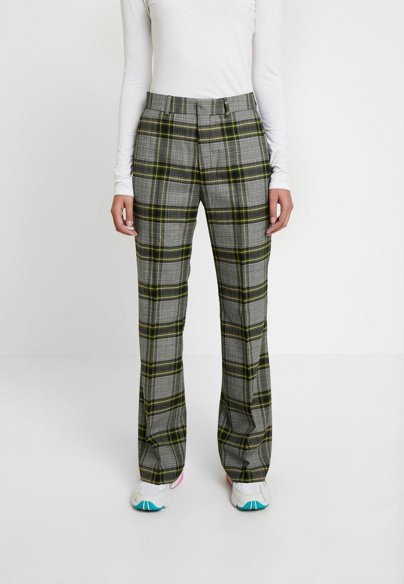 Hope - WALK TROUSER - Pantalones - green