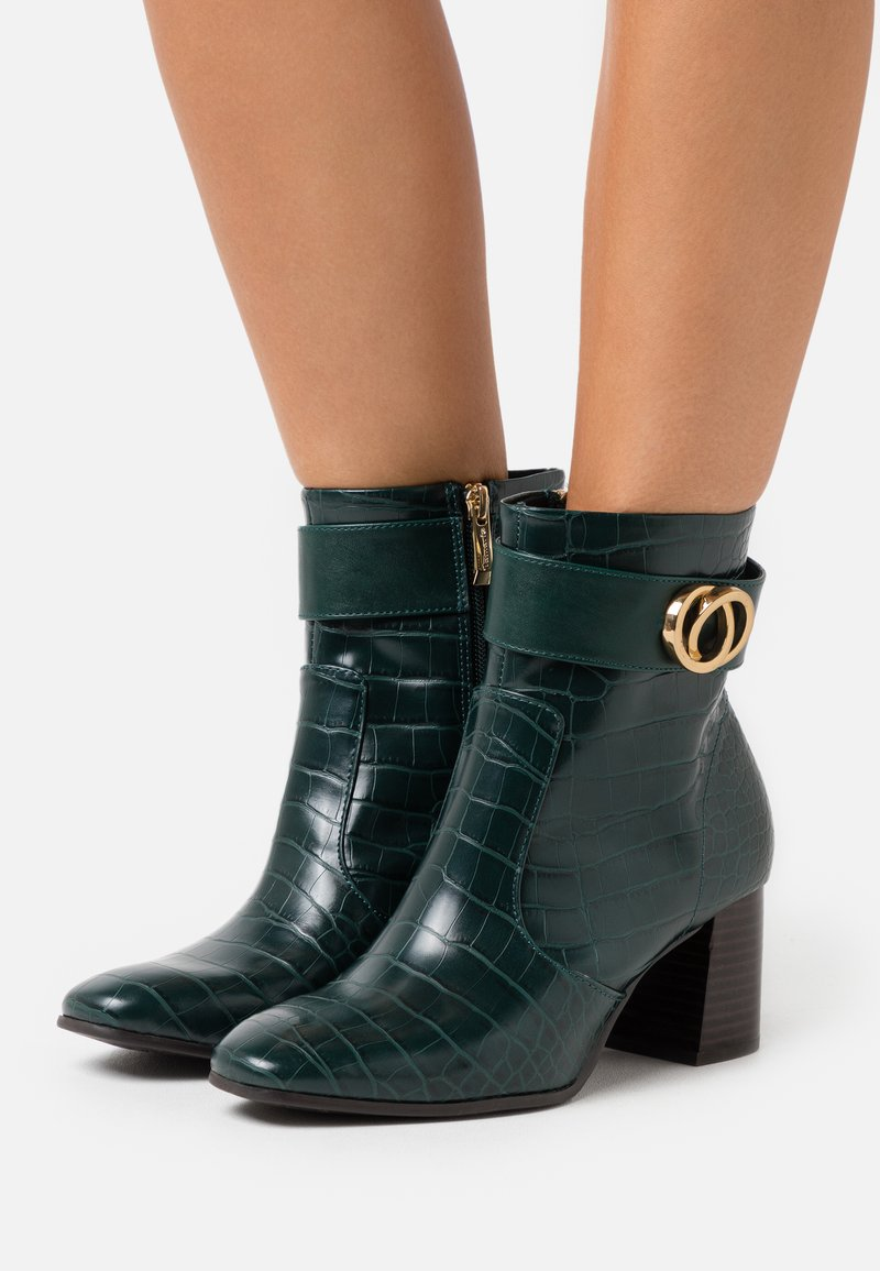 Tamaris - BOOTS - Classic ankle boots - bottle