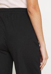 Even&Odd - TIE WAIST JERSEY CULOTTE - Trousers - black - 3