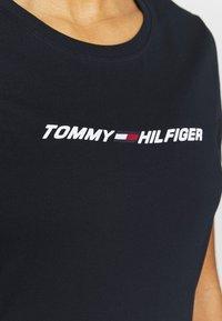 Tommy Hilfiger - REGULAR GRAPHIC - Funkční triko - blue - 4