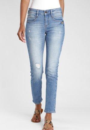 SLIM FIT MASSIMA - Slim fit jeans - midblue vintage