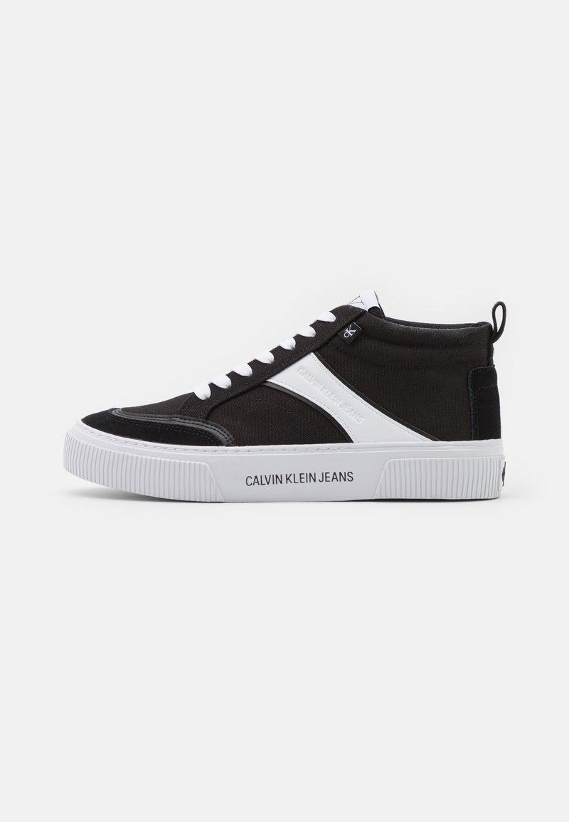 Calvin Klein Jeans - VULCANIZED SKATE MIDLACEUP - Sneakers alte - black