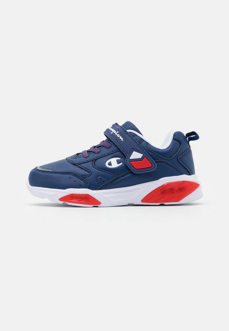 Champion - LOW CUT SHOE WAVE UNISEX - Sports shoes - royal blue