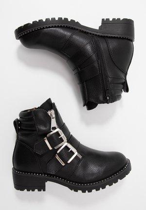 JJAIPOR - Kovbojské/motorkářské boty - black