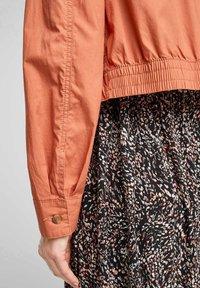 s.Oliver - Summer jacket - coral - 4