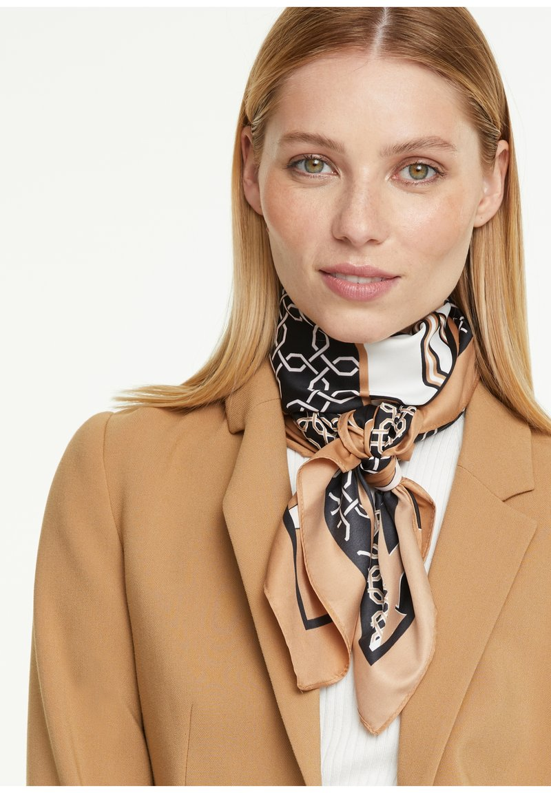 comma - Foulard - placed print shirt