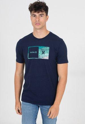 SWAMIS  - T-shirt print - obsidian