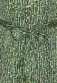 Vero Moda Petite - VMKATINKA DRESS  - Košilové šaty - dark green - 2
