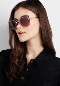 Michael Kors - PHUKET - Sunglasses - shiny rose gold-coloured - 1