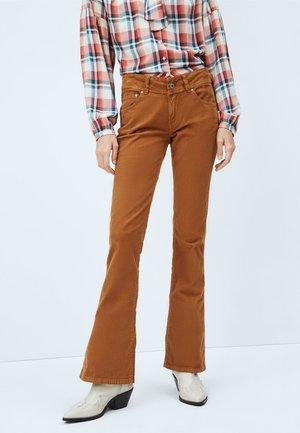 NEW PIMLICO - Bootcut jeans - golden ocker