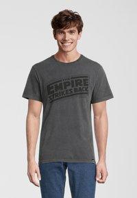 Re:Covered - STAR WARS EMPIRE STRIKES BACK - T-shirt print - grau - 0