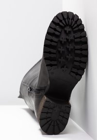Bullboxer - Vysoká obuv - black - 6