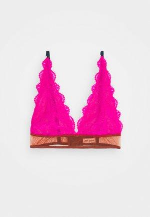 NATALIE HIGH APEX - Triangel BH - bright pink