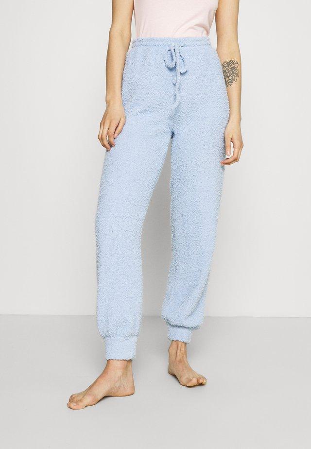 FUZZY JOGGERS - Spodnie od piżamy - blue