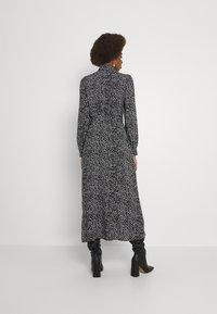 Vero Moda Tall - VMVICA SHIRT DRESS - Maxi dress - black - 2