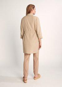 comma casual identity - Button-down blouse - sand - 1