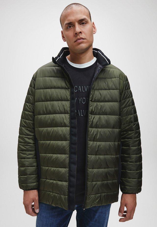 Down jacket - dark olive