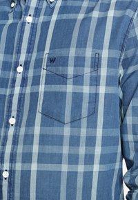 Wrangler - Overhemd - blue topaz - 4
