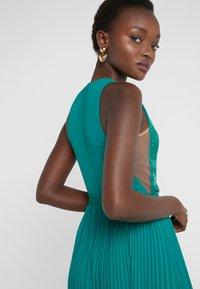 Elisabetta Franchi - Occasion wear - smeraldo - 4