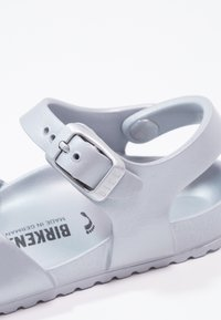 Birkenstock - RIO - Sandály do bazénu - metallic silver - 5