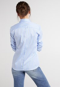 Eterna - MODERN CLASSIC - Overhemdblouse - hellblau/weiß - 1