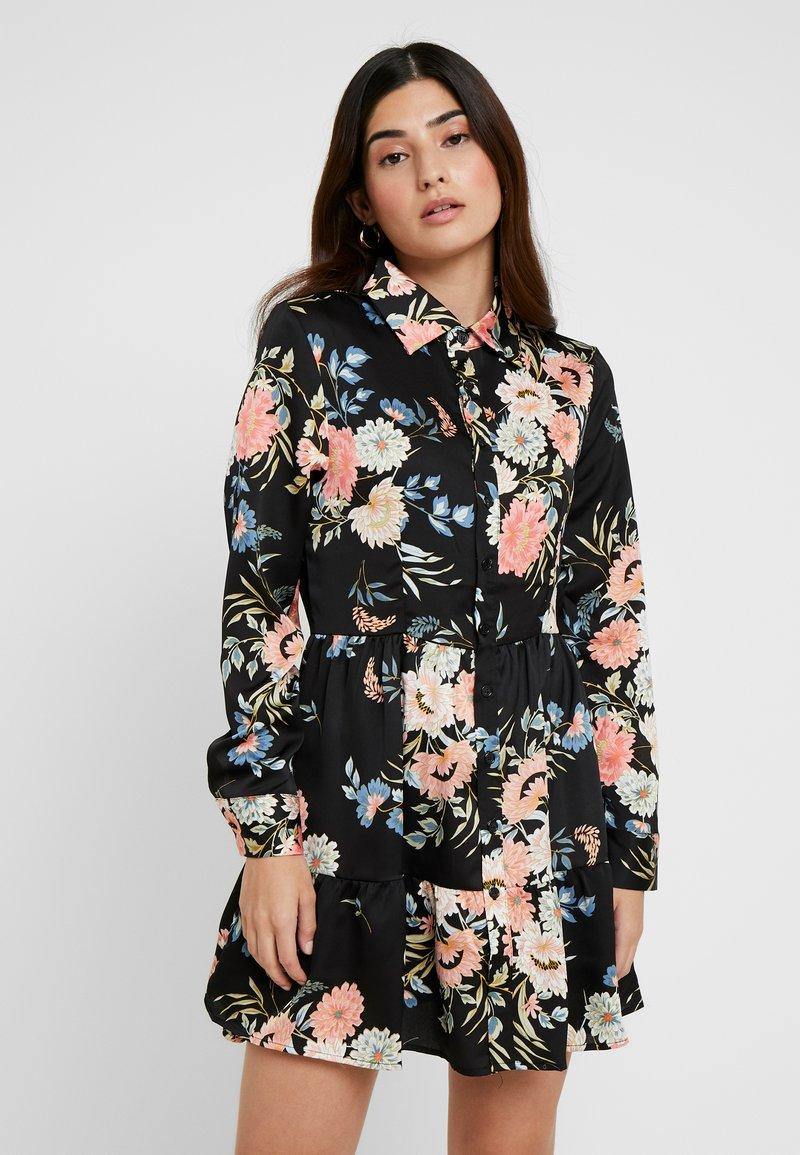 Missguided Petite - BUTTON FRONT SMOCK SHIRT DRESS FLORAL - Shirt dress - black