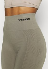 Hummel - SEAMLESS HIGH WAIST  - Medias - vetiver - 3