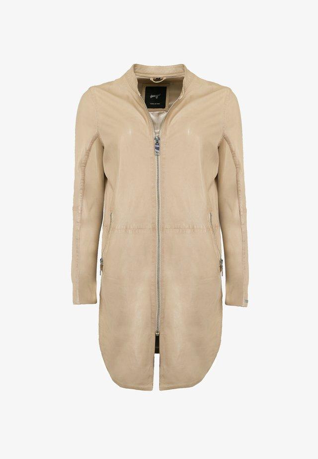 Short coat - powder