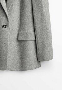 Massimo Dutti - MIT EIN KNOPF VERSCHLUSS  - Short coat - grey - 3