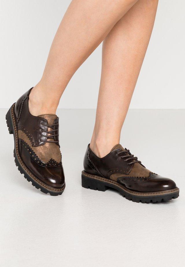 Zapatos de vestir - mocca