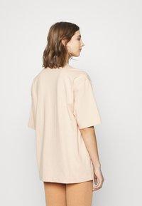 adidas Originals - TEE - Basic T-shirt - halo blush - 2