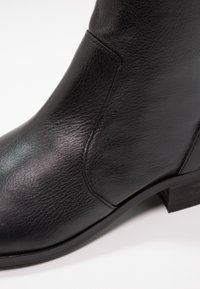 Office - ASHLEIGH - Classic ankle boots - black - 6