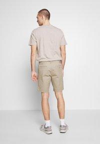 Lee - Shorts - anita beige - 2