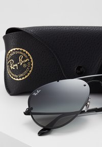 Ray-Ban - Sunglasses - grey gradient/dark grey - 3