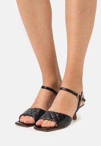 Billi Bi - Sandals - black - 0