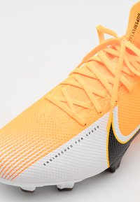 Nike Performance - MERCURIAL  7 PRO FG - Fotbollsskor fasta dobbar - laser orange/black/white - 5
