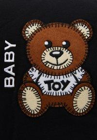MOSCHINO - BABY CHANGING BAG - Tasker - black - 4