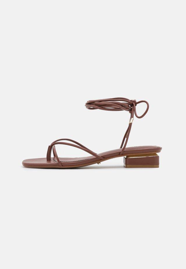 GIANNAFLEX - Teensandalen - medium brown