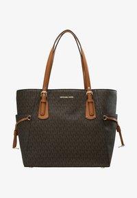 MICHAEL Michael Kors - VOYAGER SIGNATURE TOTE - Handbag - brown - 6