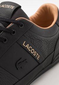 Lacoste - CHAYMON - Trainers - black/tan - 5