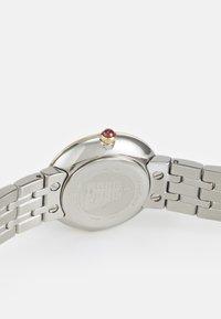 Salvatore Ferragamo - SIGNATURE - Watch - silver-coloured - 3