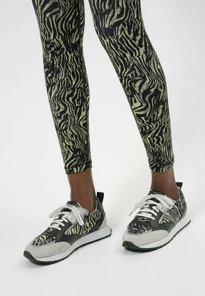 ICELIN_RUNN_NYZB - Trainers - patterned