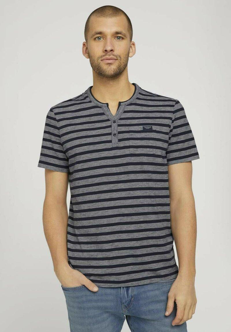 TOM TAILOR - Camiseta estampada - blue white stripe