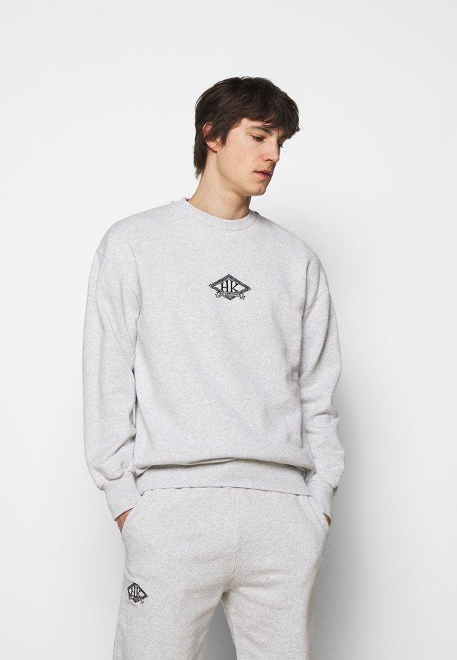 ARTWORK CREW - Sweatshirts - grey melange/black