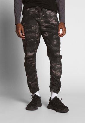 LAKELAND - Pantalon cargo - grey