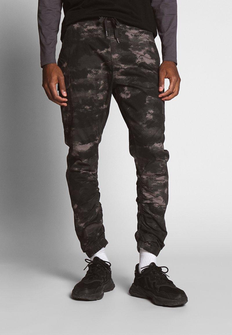 INDICODE JEANS - LAKELAND - Pantaloni cargo - grey