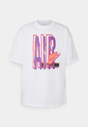 TEE AIR LOOSE FIT - T-shirt print - white