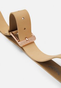 Levi's® - FEMININE FREE BELT - Belt - ecru - 2