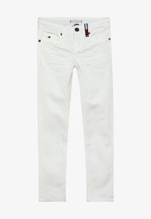 NORA SKINNY - Skinny džíny - white