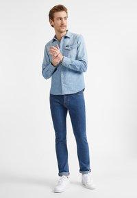 Lee - WESTERN  - Koszula - faded blue - 1